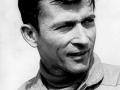 John Young jen jeden den před startem Apolla 10