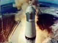 Apollo 11 opouští věž