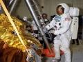 Neil Armstrong v průběhu výcviku aktivit na Měsíci - duben 1969