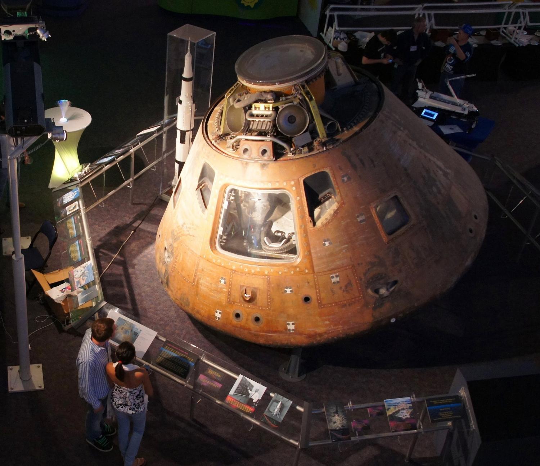 Velitelská sekce Apolla 12 je nyní umístěna v Leteckém a kosmickém středisku ve Virgínii
