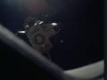 15. prosince 1972 opouští vzestupová část lunárního modulu Challenger spolu se spojovacím adaptérem velitelskou sekci Apolla 17 America, aby řízeně dopadl na měsíční povrch a způsobil tak měsícetřesení, zaznamenané seismometry, ponechanými výpravami Apollo; tak se zkoumala struktura Měsíce. Astronauti zůstali na oběžné dráze Měsíce, odpočívali a následující den se vydali vstříc Zemi