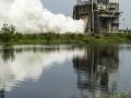 26. 6. 2015 proběhl ve Stennisově centru test raketového motoru RS-25, kterým bude osazena raketa SLS - ta lidi dopraví dále, než kam se kdy vydali