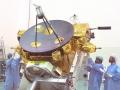 6. října 1990 byla při misi STS-41 vypuštěna meziplanetární sonda Ulysses. Společný projekt NASA a ESA měl za cíl zmapovat heliosféru, meziplanetární prostor, ovlivněný slunečním větrem. Sonda provedla téměř 3 kompletní průlety kolem slunečních pólů. Její očekávaná životnost byla překročena třikrát, nakonec sbírala údaje 18 let, 8 měsíců a 24 dní. Vyřazena z provozu byla oficiálně 30. 6. 2009