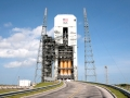 Přeprava rakety Delta IV k letu EFT-1 (spacecoastdaily.com)