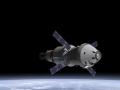Loď Orion spolu se servisním modulem odvozeným od ATV a urychlovací jednotkou (wikipedia.org)