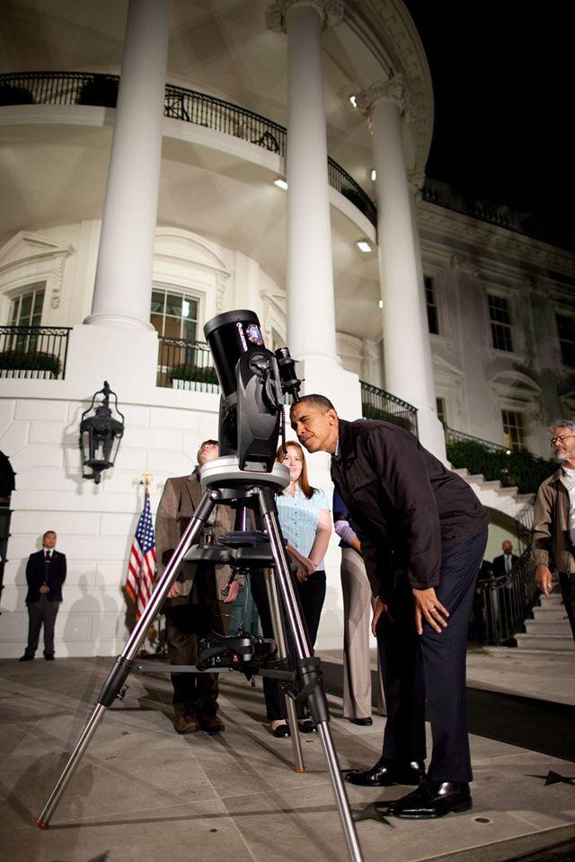 Som potešený, že prezident USA má kladný vzťah k pozorovaniu a astronómii ;) (Eduard Boldižár)