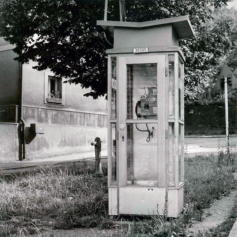 Za časů našich babiček vypadaly mobilní telefony nějak takto