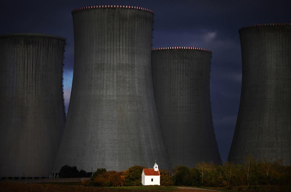 Ako symbol má kaplnka pripominať obec Lipňany, ktorá zanikla v roku 1980 kvôli výstavbe jadrovej elektrárne Dukovany...(Eduard Boldižár)
