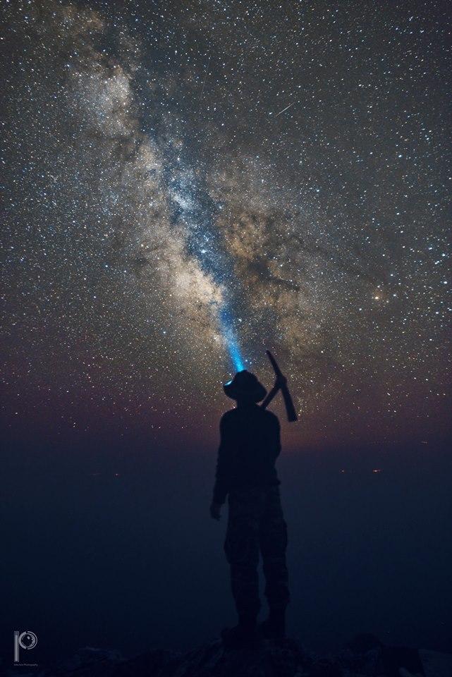Poďme objavovať ďaleké svety...čakajú na nás...(Eduard Boldižár)