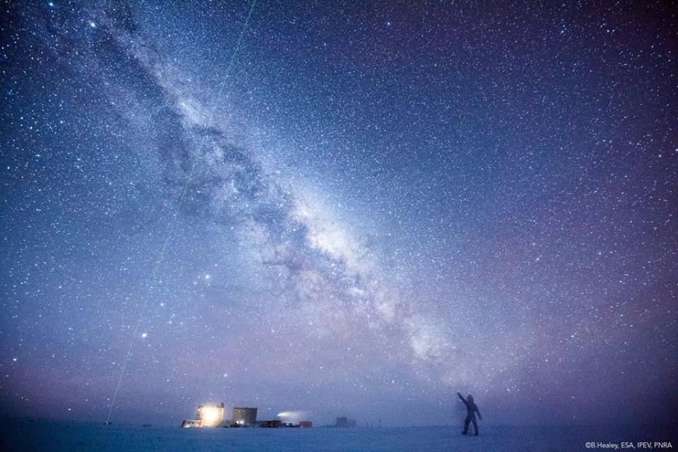 Tam niekde pomedzi miliárd hviezd chcem žiť (Eduard Boldižár)