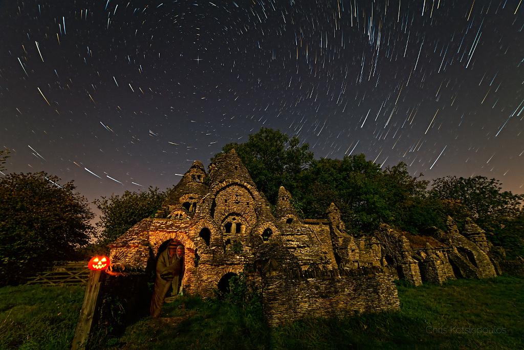 Hallowenská noc v Grécku...v strede princezná noci, Polárka, točí sa okolo nej celé severné nebo...(Eduard Boldižár)