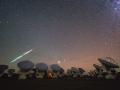 Počas stráže, rozjasnila sa mláka, pulzujúceho svetla... (ALMA, sústava radioteleskopov) ((Eduard Boldižár)