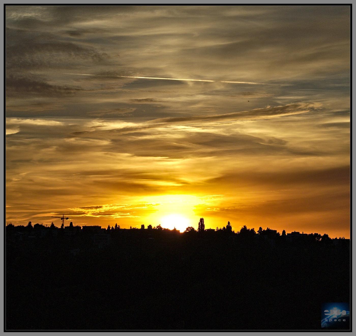 Západ Slunce 7. 6. 2016... pokaždé stejné, a přece pokaždé jiné