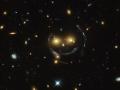Vábivý úsmev skupiny galaxii...efekt gravitačnej šošovky...(Eduard Boldižár)