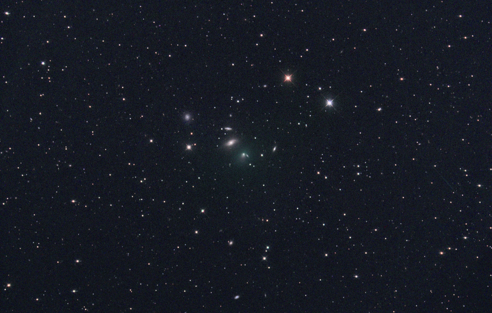 Komety vizuálně v době novu 4. 7. 2016