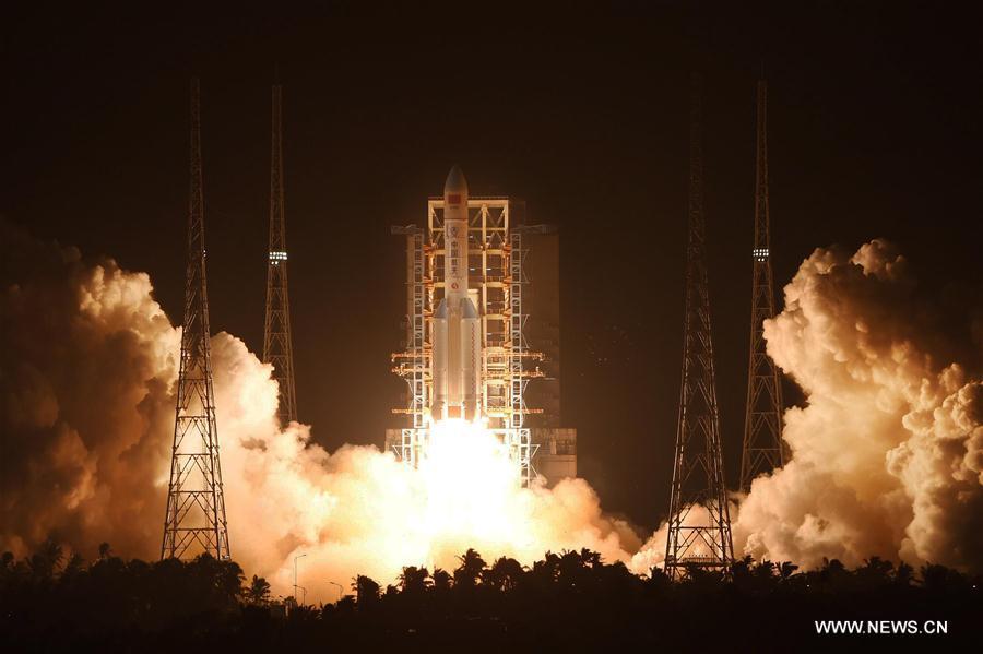 Prvý štart rakety Dlhý pochod 5