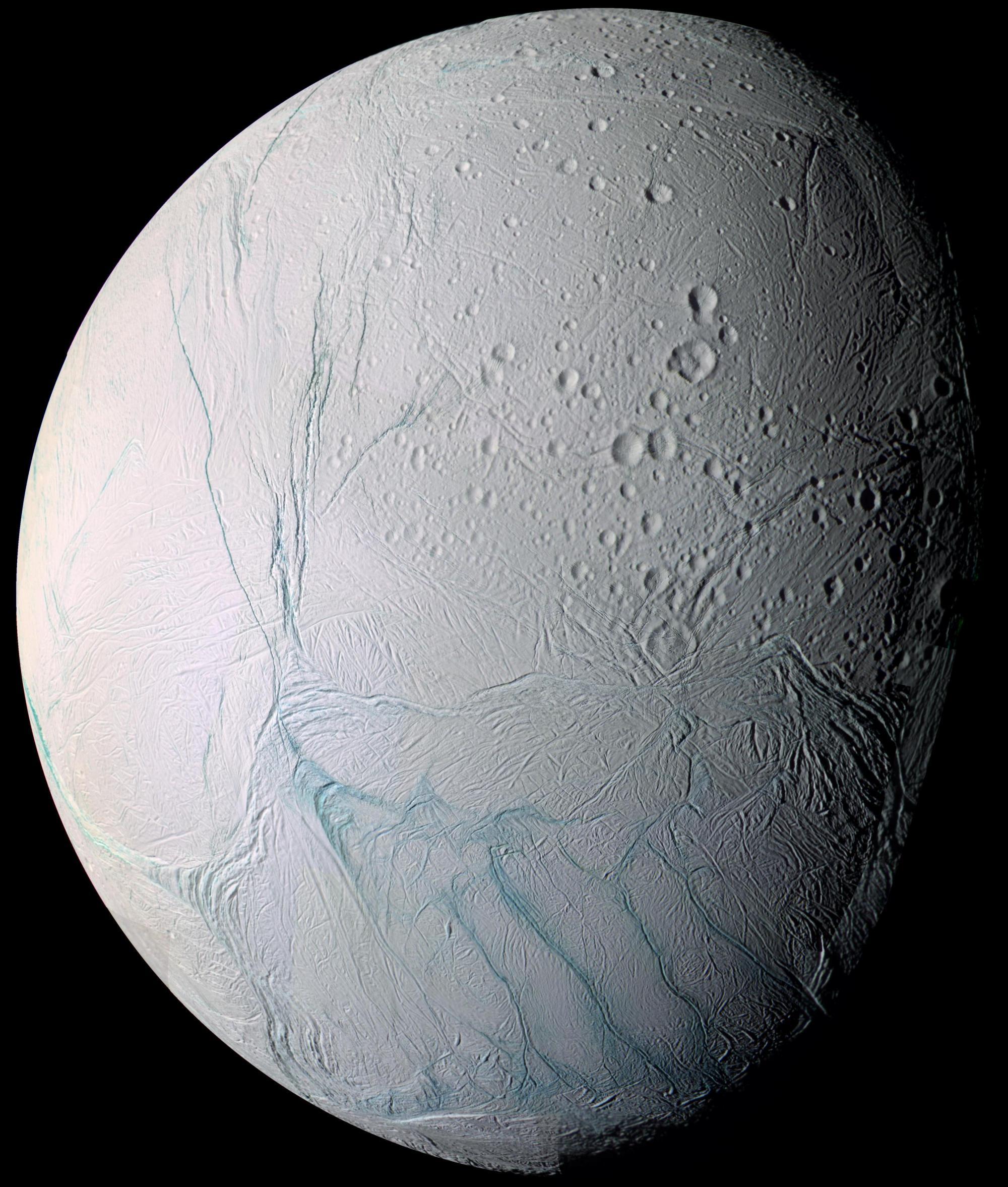 Enceladus a jeho podpovrchový rezervoár vody