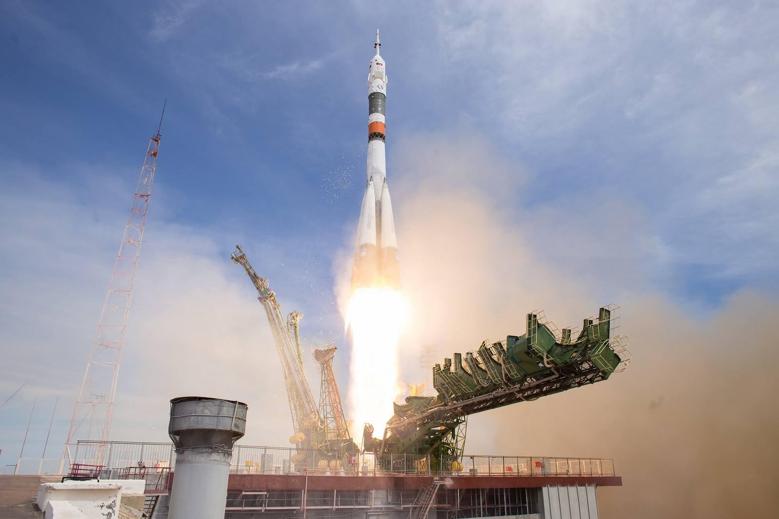 Sojuz MS-04 odstartoval, poprvé Rusové v oslabení